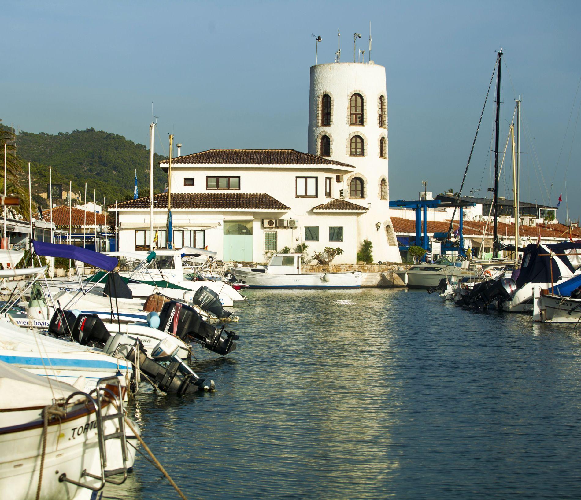 tower-at-dock